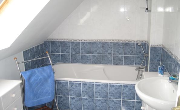 salle de bains étage maison gouesnach résidentiel