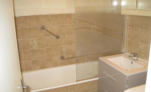salle de bains appartement benodet vue mer